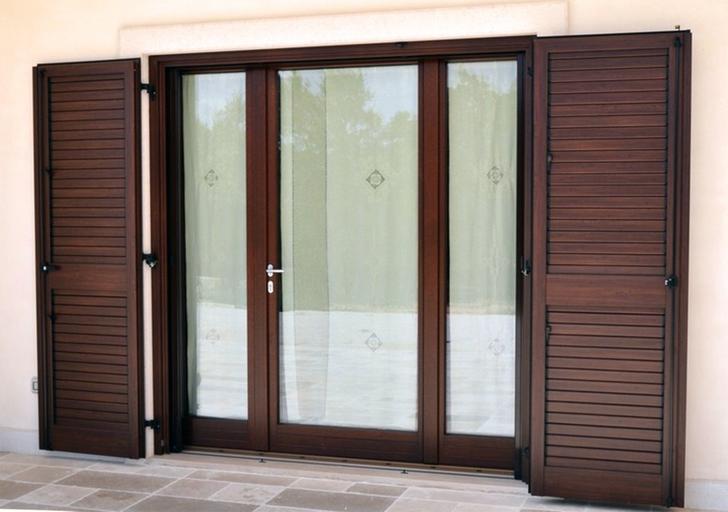 sklenené otváracie dvere.jpg